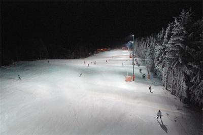 piste_nacht_bergstation2.JPG